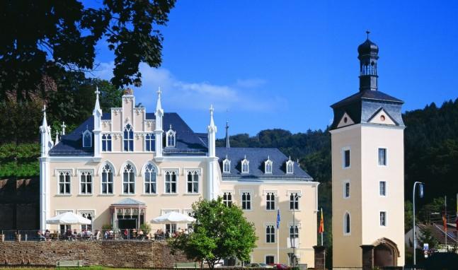 1. Großes Netzwerktreffen auf Schloss Sayn