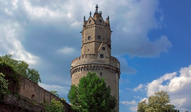 Runder Turm – Sonderöffnungszeiten für den höchsten Wehrturm am Rhein
