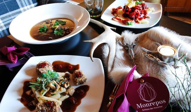 MONREPOS tischt auf: Wilde Küche am Paläo-Abend im Schloss der Forscher