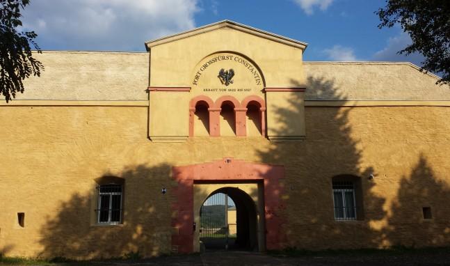 Fort Konstantin: Jazz und Kulinarik bei Rhein in Flammen