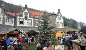 720906_1_mobildetail_720906_1_org_brohl_burg_weihnachtsmarkt