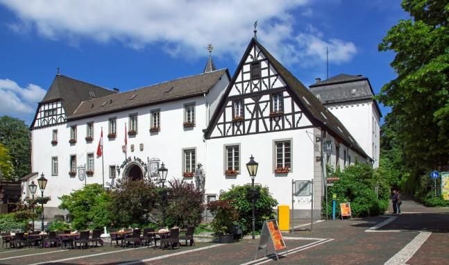 Burgen & Schlösser am Romantischen Rhein – Heute: Burg Linz