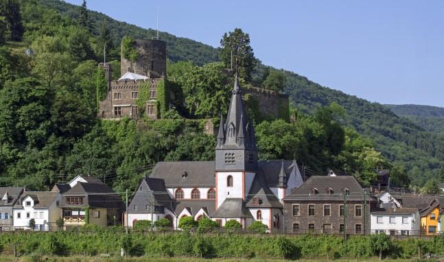 Heimburg in Niederheimbach steht zum Verkauf