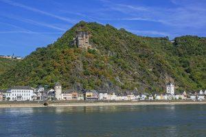 Rhein / St. Goarshausen mit Burg Katz