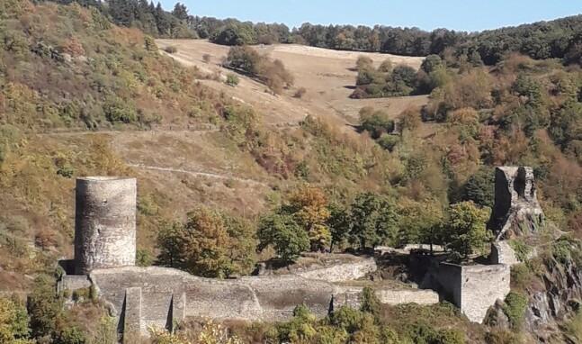 Burg Stahlberg aus der Vogelperspektive