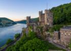 Burg Rheinstein aus der Vogelperspektive